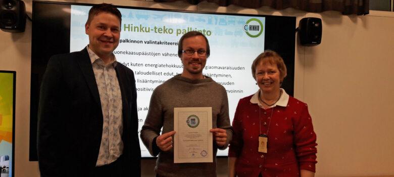Kuukauden Hinku-teko -palkinto myönnettiin maanviljelijä ja tutkija Tuomas Mattilalle.