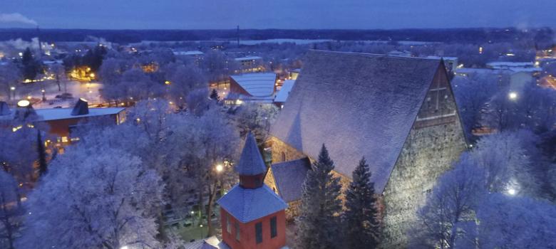 Lohjan Pyhän Laurin kirkko, kuva: Tomi Parviainen
